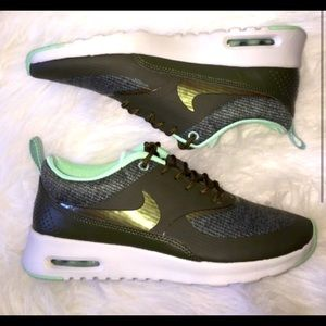 Nike air max Thea! Aqua and gray. Great condition